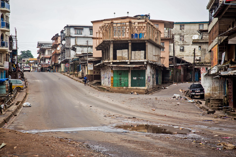Sierra Leone begins 3-day Ebola lockdown - The Blade