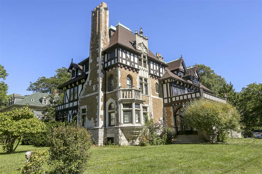 For Sale Toledo Mansion With A Storied Past
