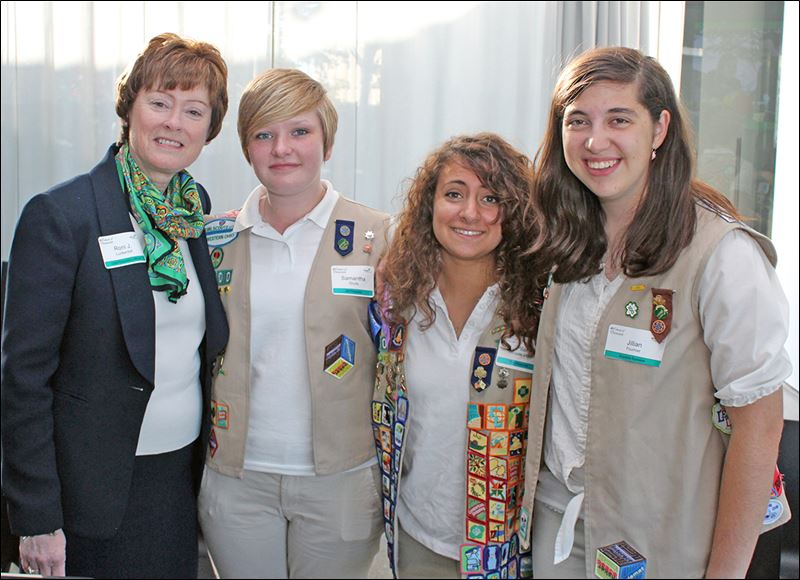 medical funds raised women of distinction honored by girl