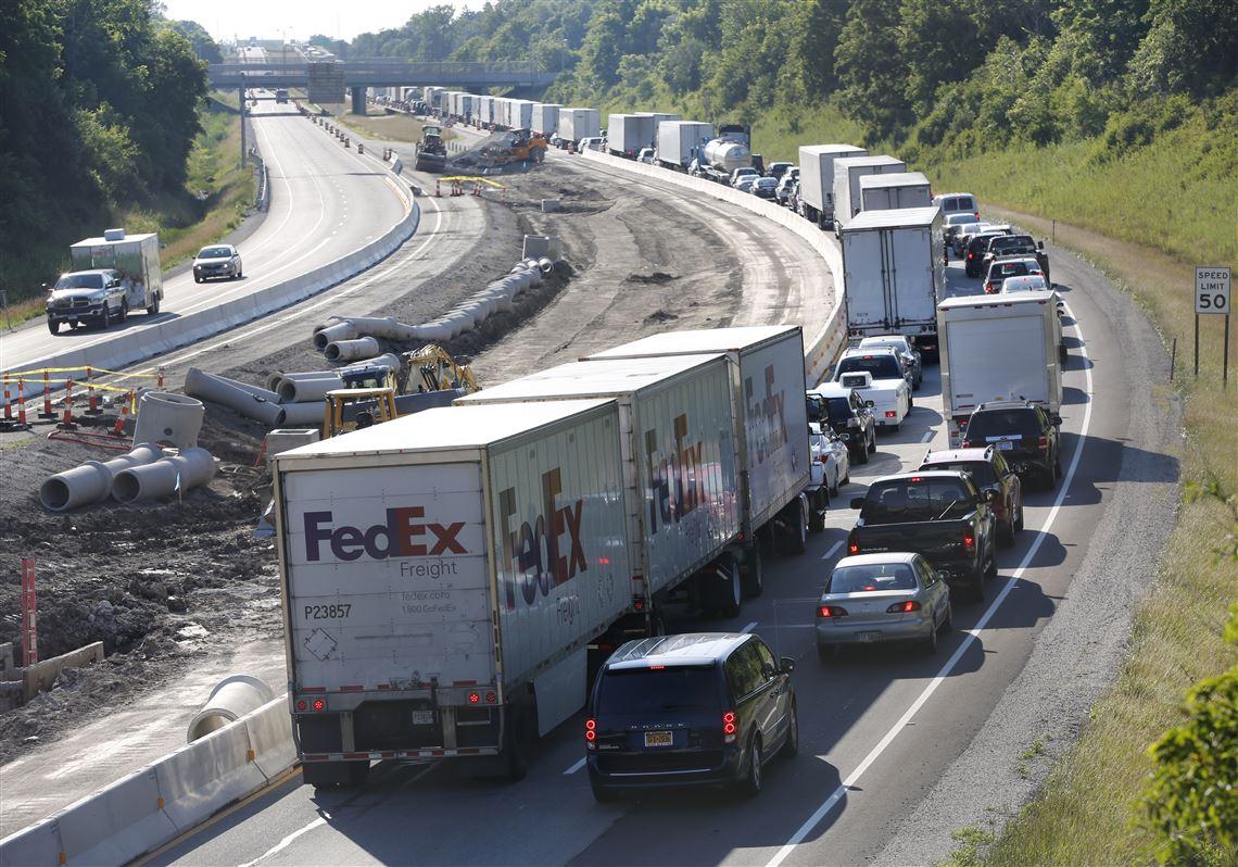 Multi-vehicle crash on Ohio Turnpike leaves one dead