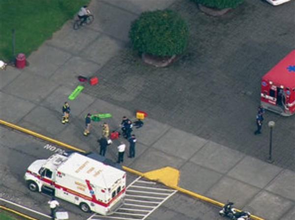 2 Dead Including Student Gunman Who Shot Self In High School Attack Near Seattle Toledo Blade
