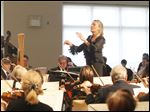 Kathleen Hafner conducts the Sylvania Community Orchestra.