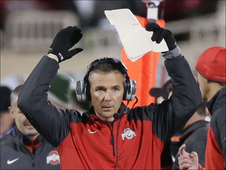 Ohio State coach Urban Meyer reacts on the sidelines.