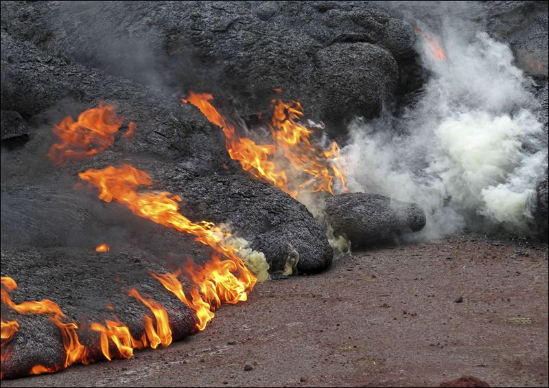 Lava Oozing For Months Quickly Ignites Hawaii Home