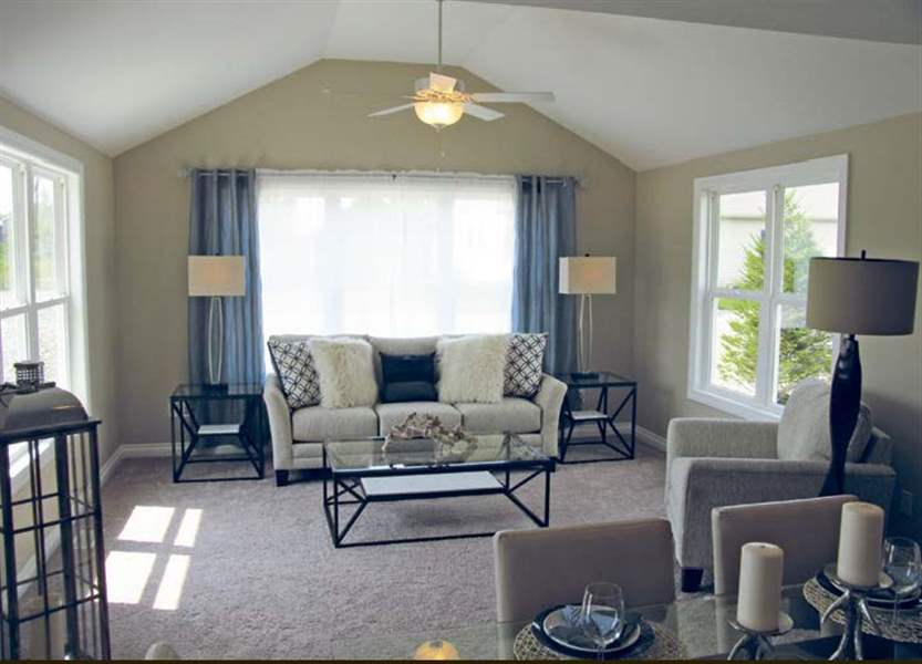 Crystal ridge opens new model and new plat the blade for Crystal ridge homes
