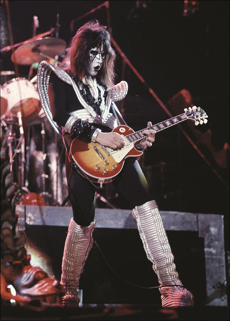 kiss 39 ace frehley is clean sober and back on the road toledo blade. Black Bedroom Furniture Sets. Home Design Ideas