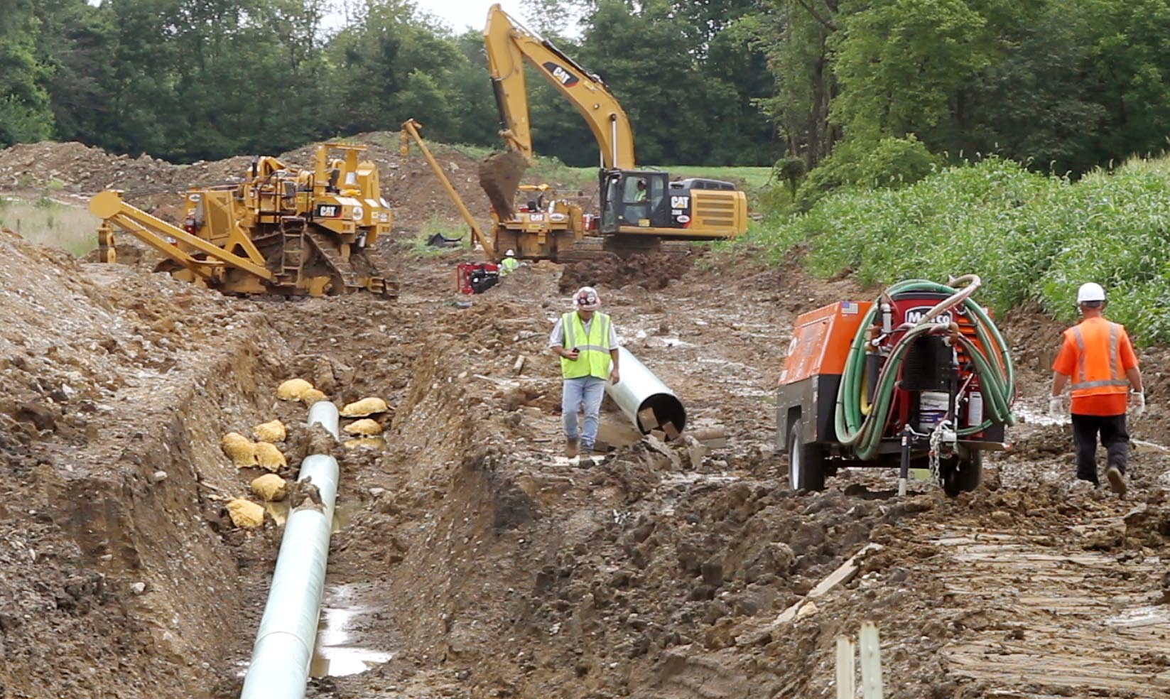 Natural Gas Pipeline Installation : Ohio s natural gas boom brings flurry of pipeline