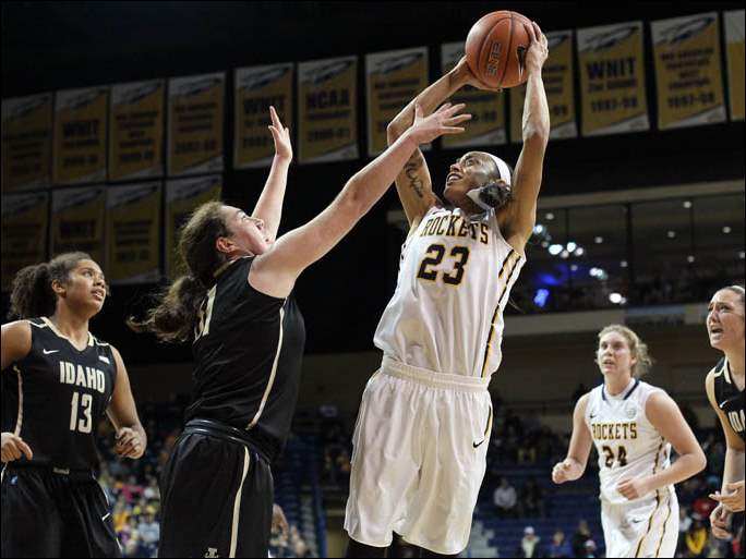 University of Toledo guard Inma Zanoguera (23) shoots against  Idaho guard Agueda Trujillo (32).