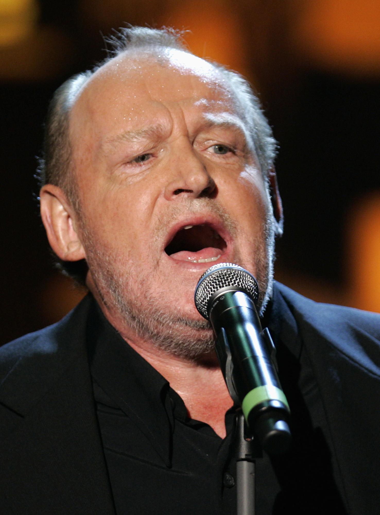 singer joe cocker dies at age 70  agent says