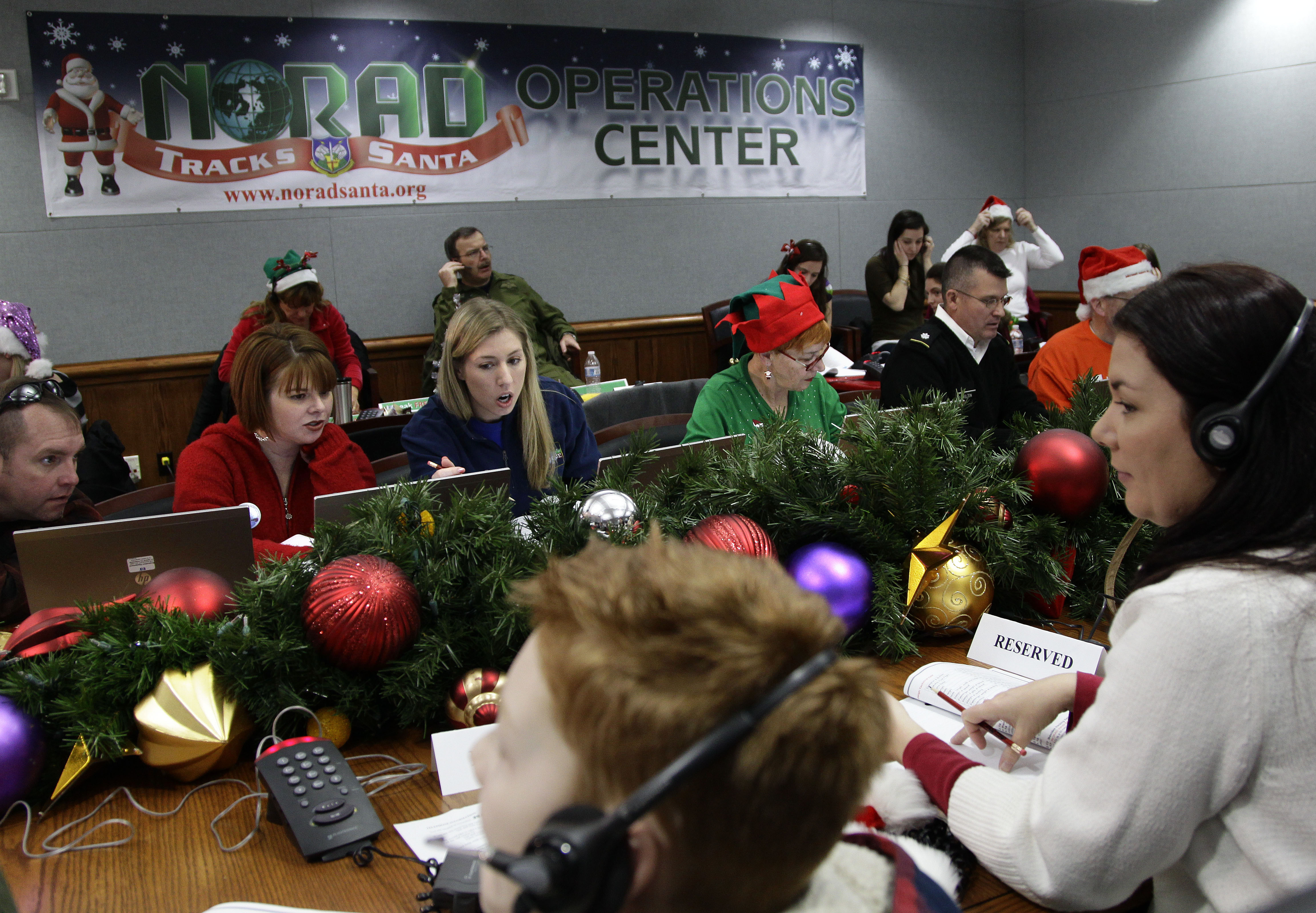 NORAD tracks when Santa Claus is comin\' to town - The Blade