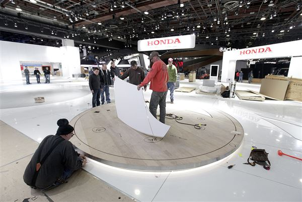 Trucks Sporty Vehicles Take Center Stage At Detroit Auto Show The - Honda center car show