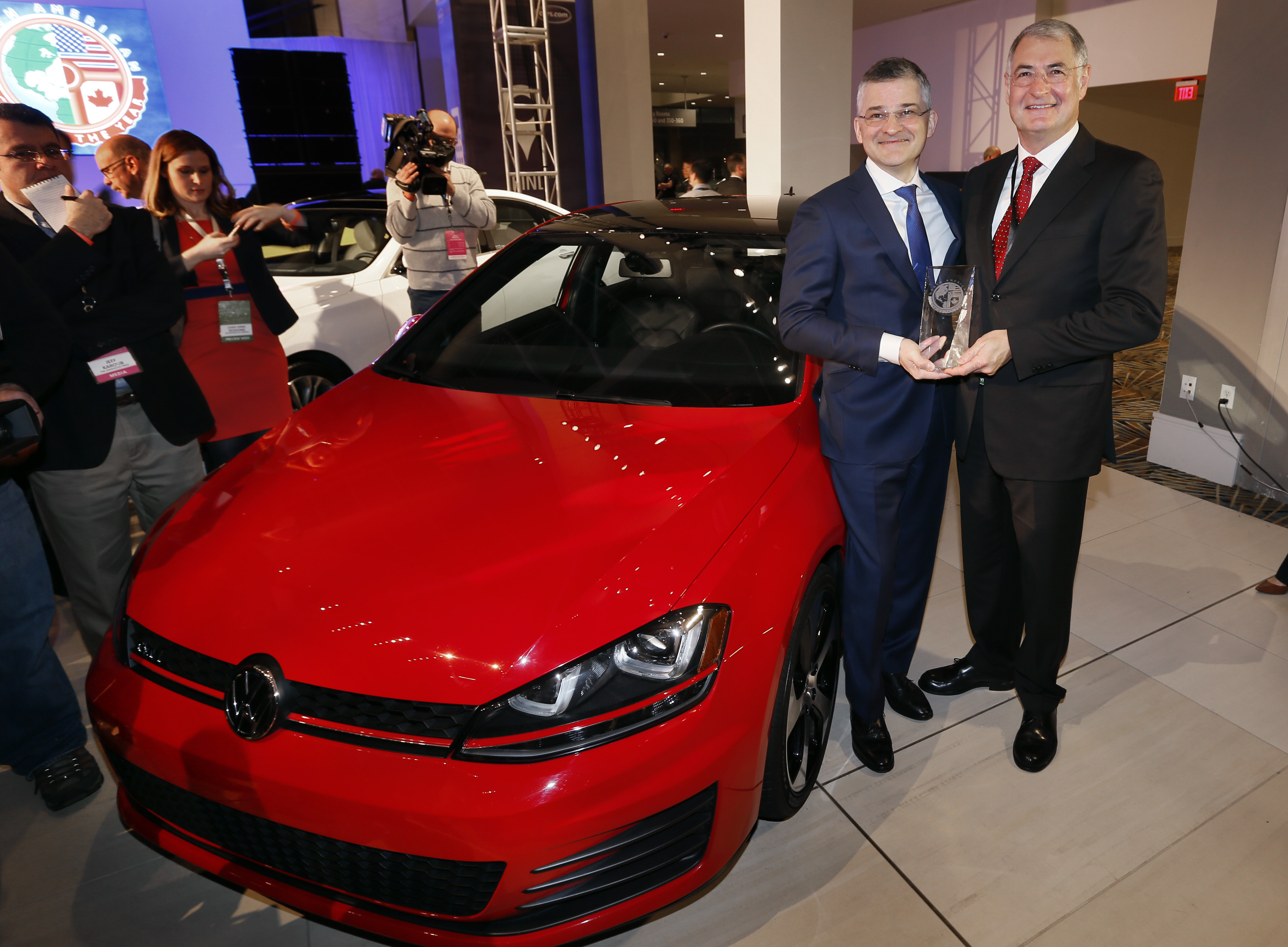 Volkswagen Ford Take Top Awards At Detroit Auto Show