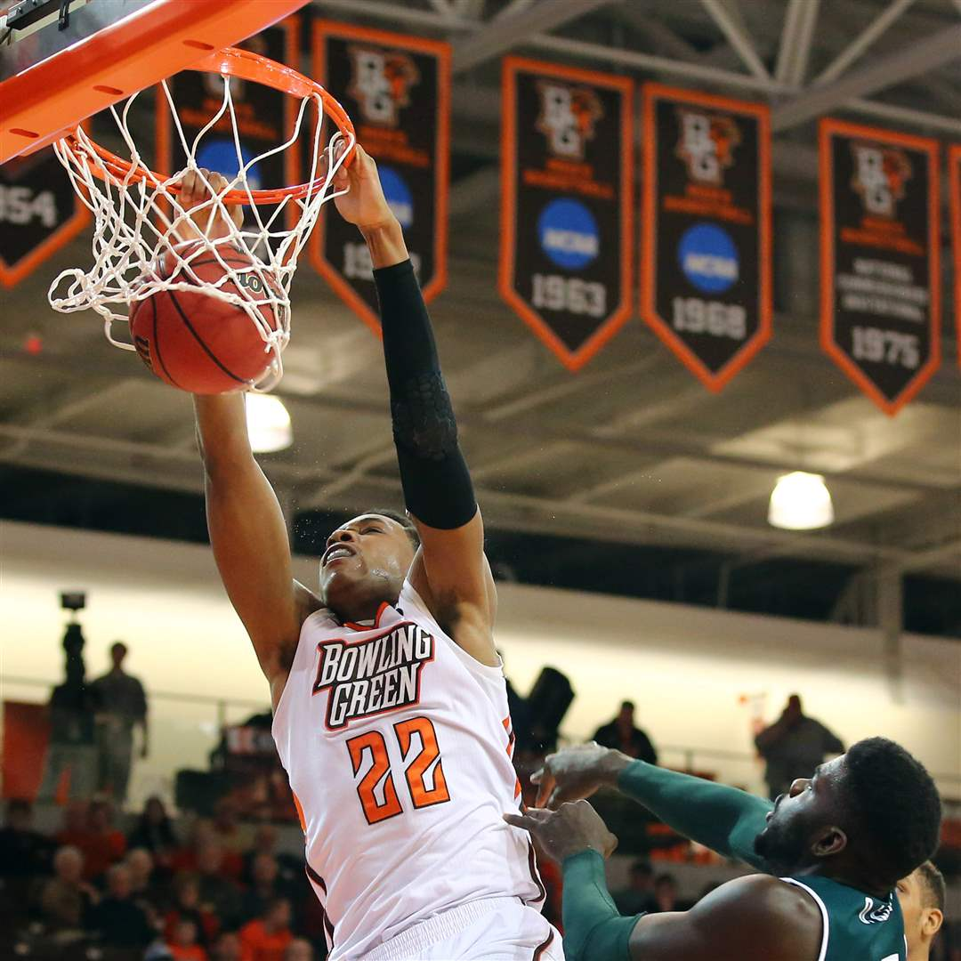 SPT-BGmen22pBowling-Green-State-University-forward