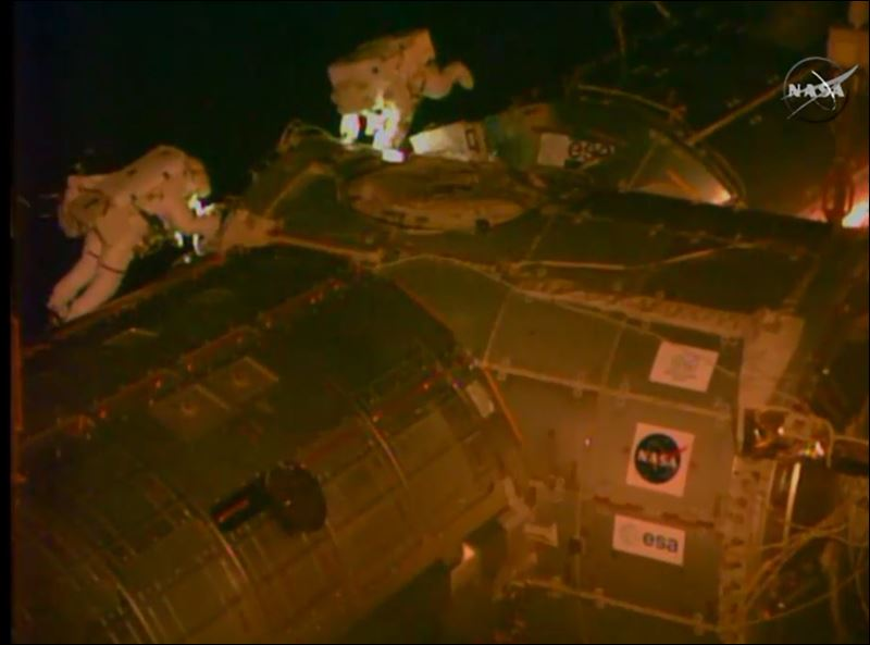 Astronauts take 2nd spacewalk for cable, lube job - Toledo ...
