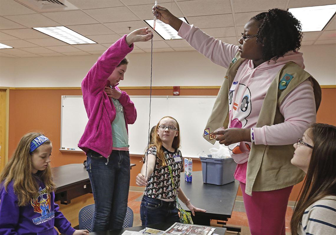 UT workshop for girls focuses on whodunits | Toledo Blade