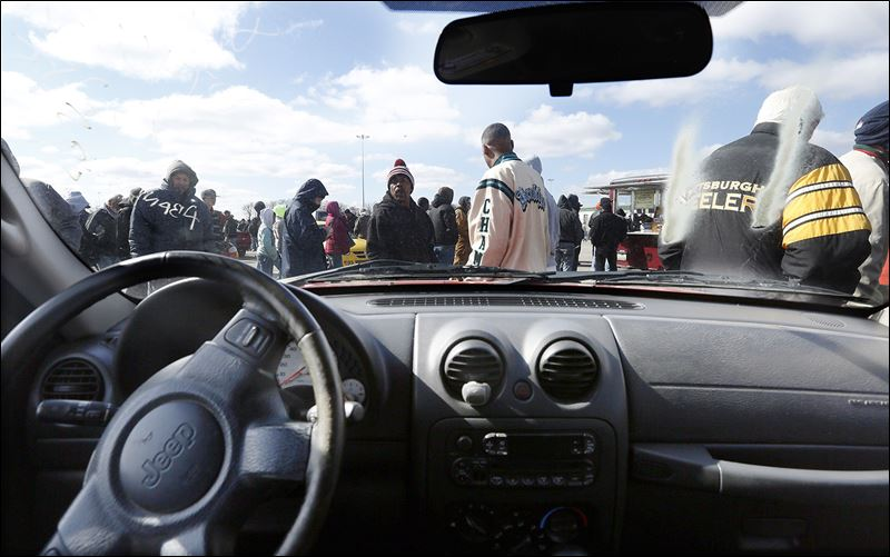 Impound Cars For Sale >> Auction draws record crowd of 505 - Toledo Blade