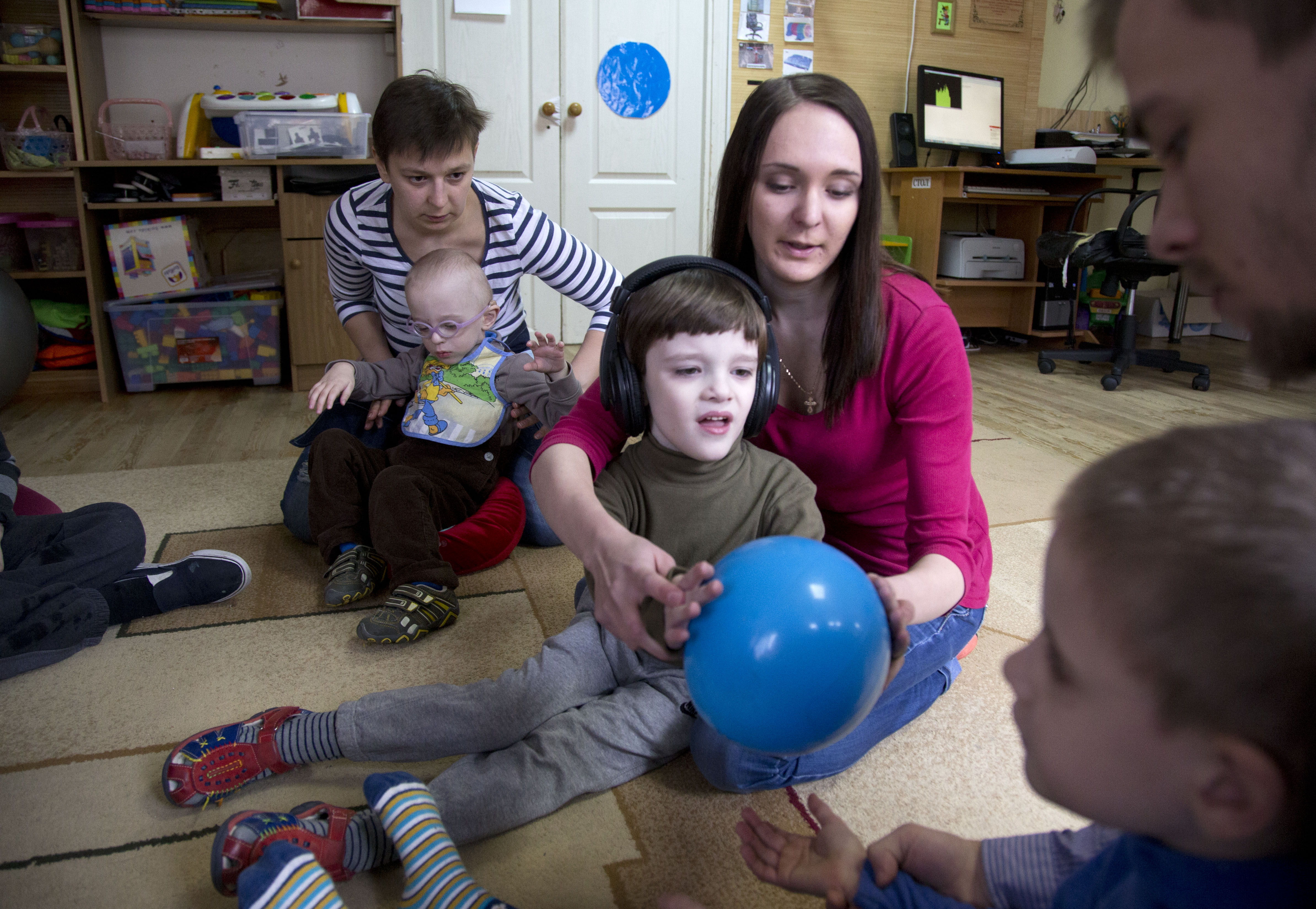 disabled children Covers a wide range of information about disability in infants toddlers children  and youth with disabilities.