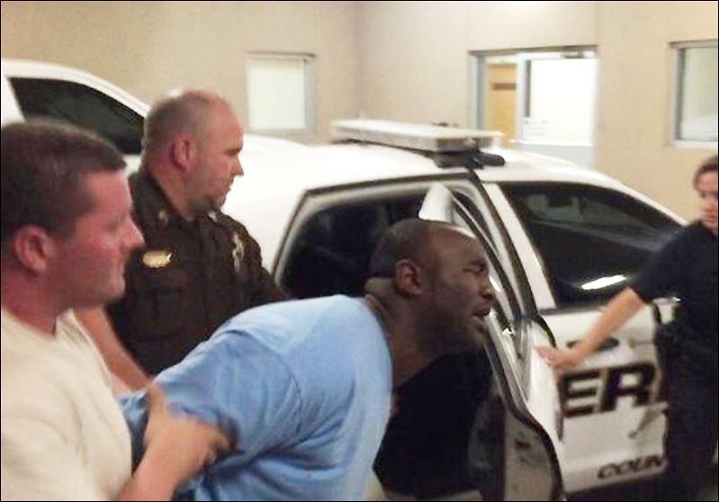 2 Mississippi officers fatally shot; 3 arrested - Toledo Blade | 799 x 558 jpeg 50kB