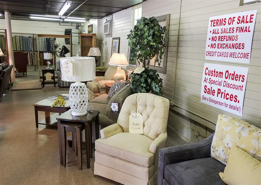 Comstock Furniture Co. In Sylvania Is To Close Its Doors After More Than 70  Years Of Sales.