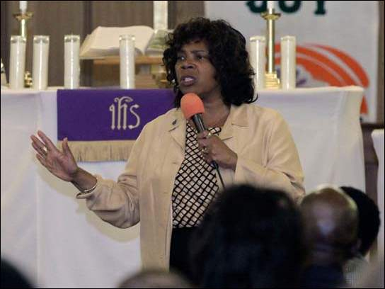 Toledo Mayor Paula Hicks-Hudson addresses the congregation during a prayer vigil with the Methodist Ministers Affiliation at Braden United Methodist Church in Toledo.