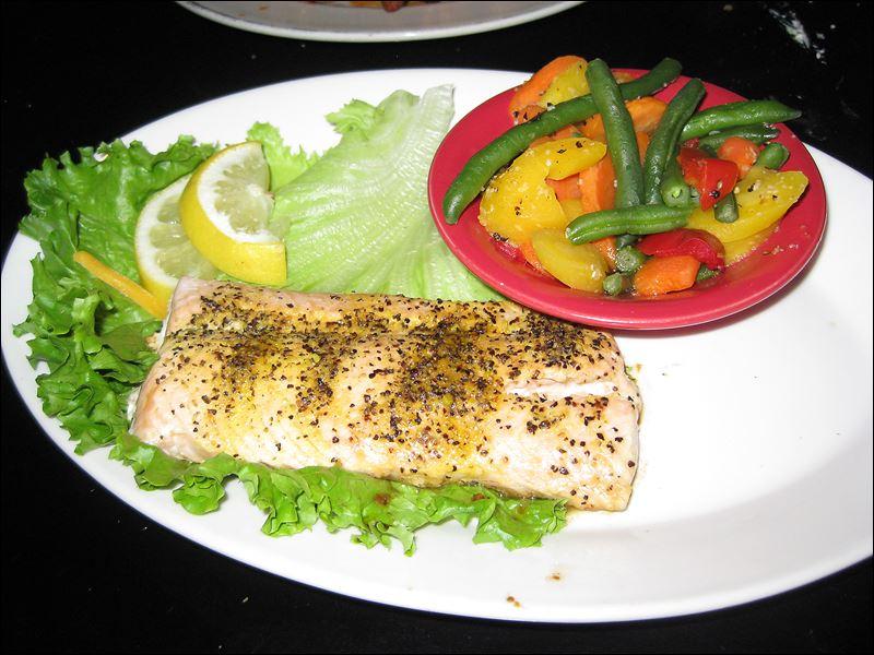 Recently reviewed restaurants 7 02 toledo blade for Fish thyme menu