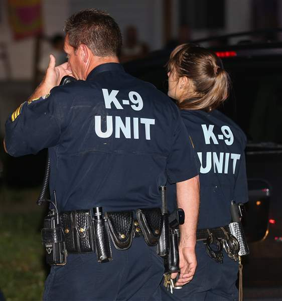 CTY-shooting12p-K-9-officers-react