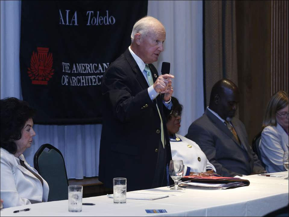 Carty Finkbeiner makes a point during the AIA Toledo Chapter mayoral candidate forum at the Toledo Club in Toledo.