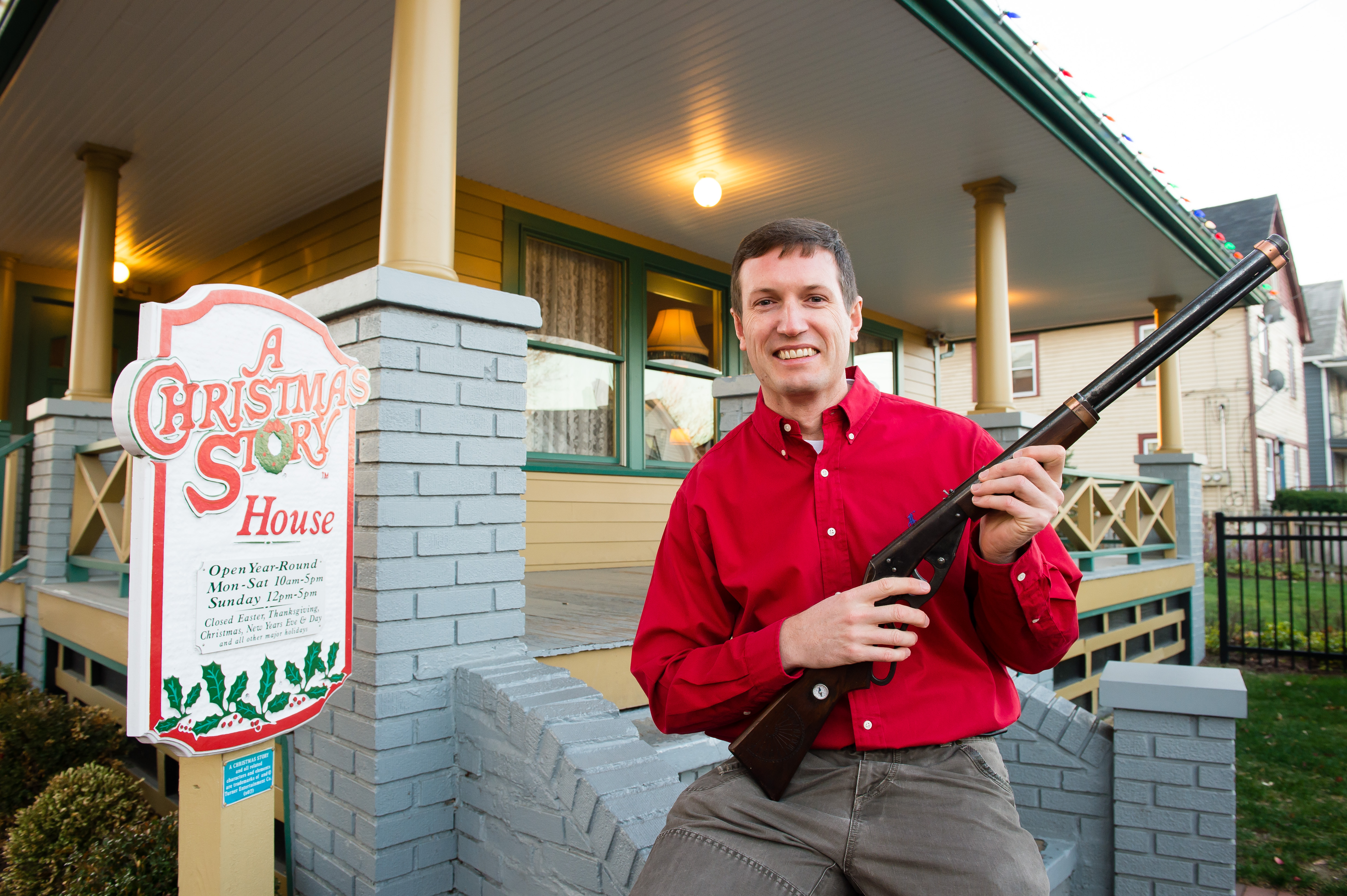 A Christmas Story Characters.A Christmas Story Museum Gets Red Ryder Gun From Movie