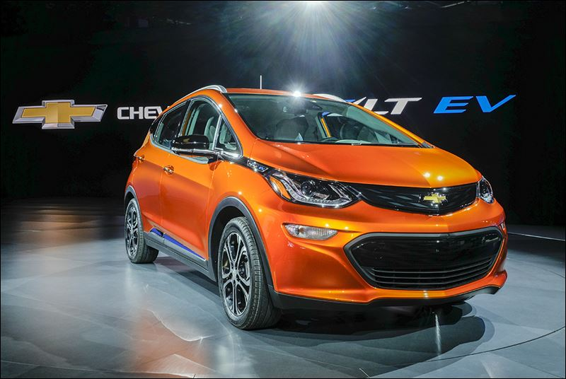 Gm gets into all electric cars with bolt toledo blade for General motors electric car