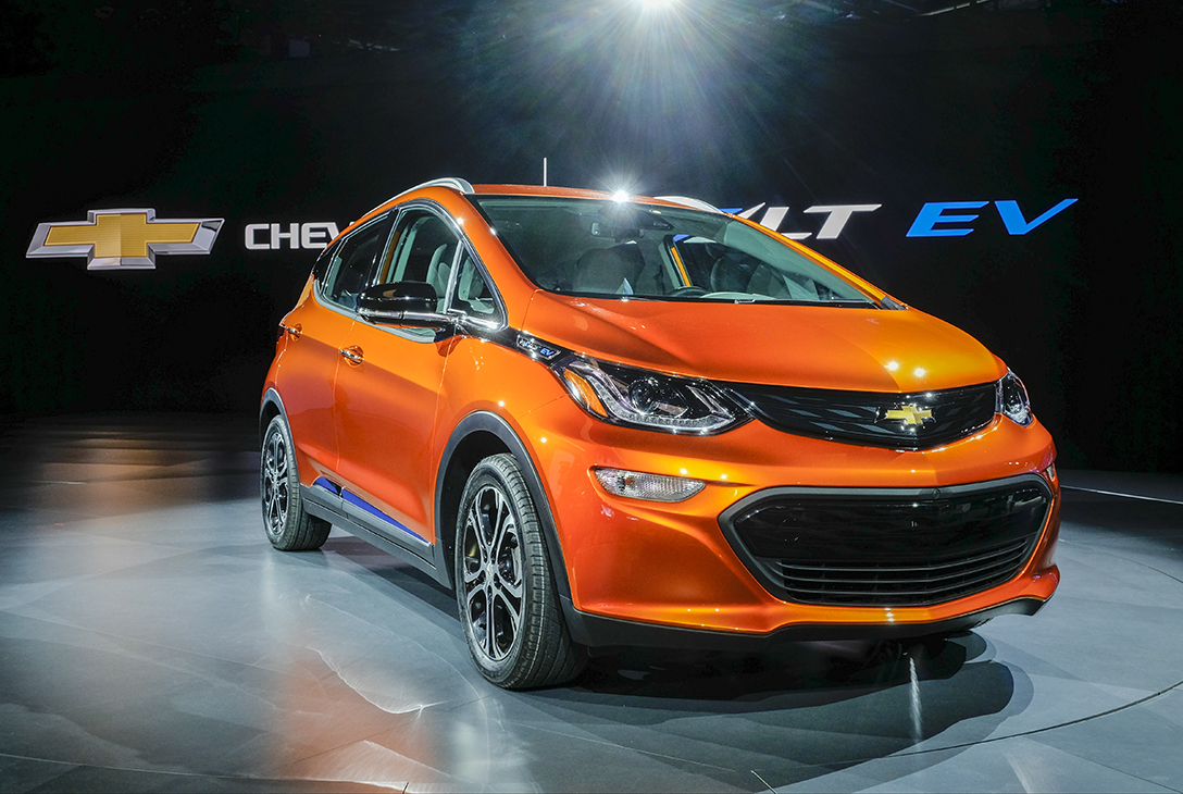 GM gets into all-electric cars with Bolt - The Blade