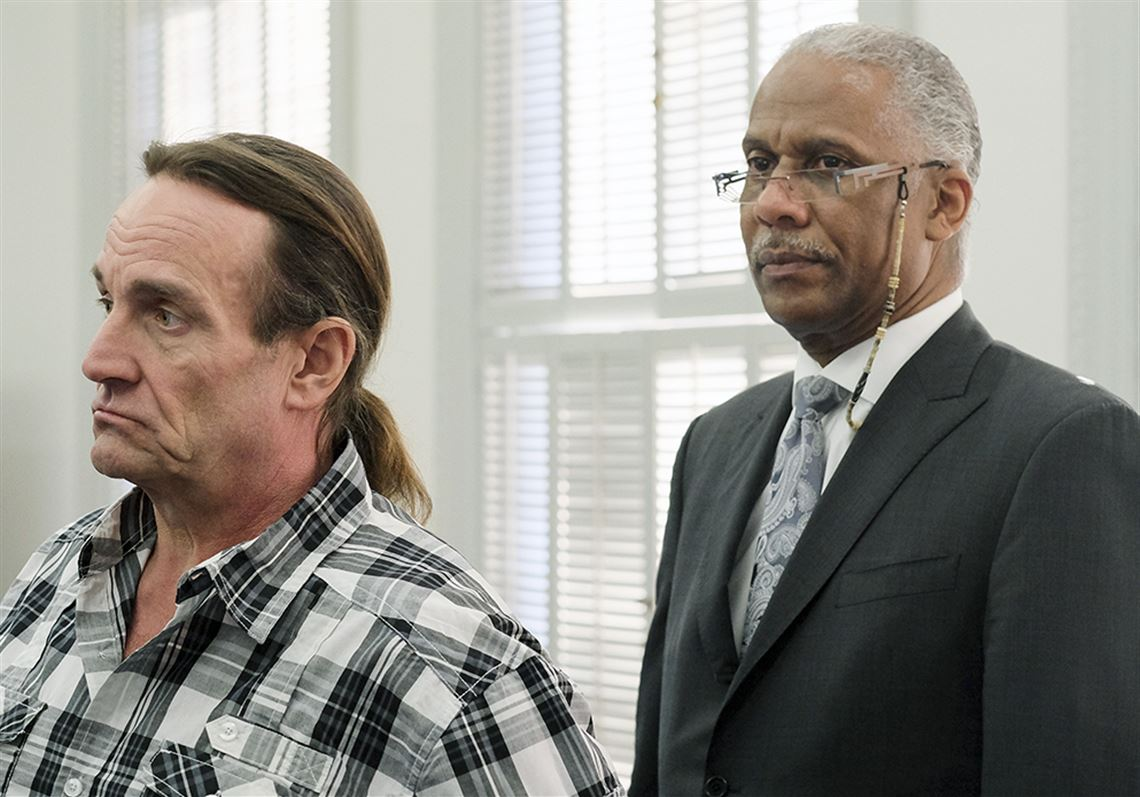 Appeals court reverses conviction in 1982 murder case