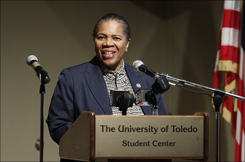 Mayor Sets Goals In 1st State Of The City Address Toledo