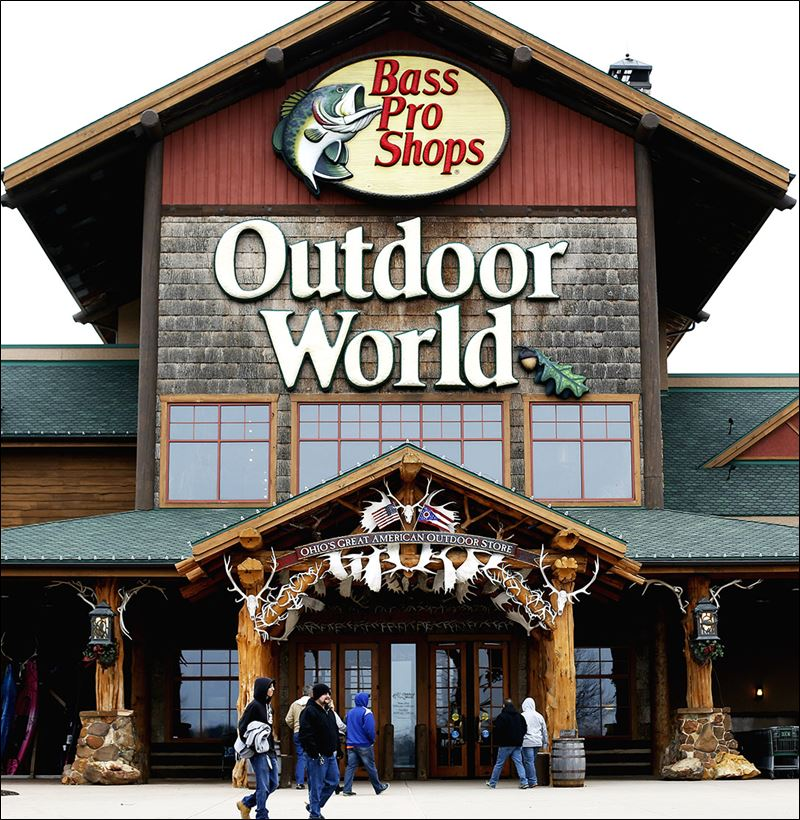 Bass pro eyes cabela s purchase toledo blade for Bass pro fishing sale