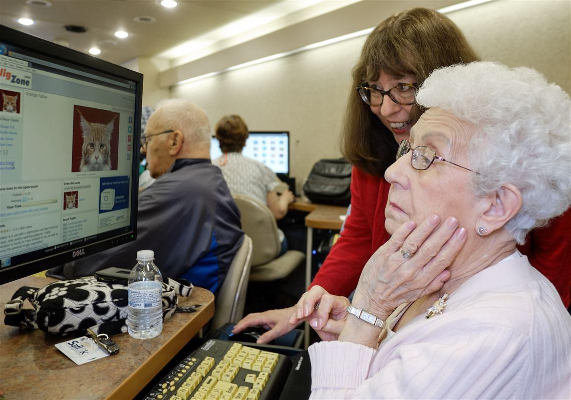 Library helps seniors plug into Internet | Toledo Blade