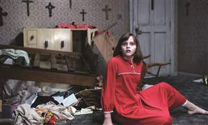 Film-Review-The-Conjuring-6-10