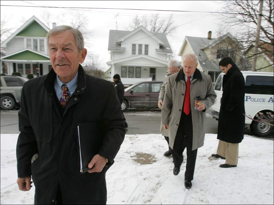 Ohio senator George Voinovich, left, and Toledo mayor Carty Finkbeiner on Hoiles Avenue on Feb. 11, 2008.