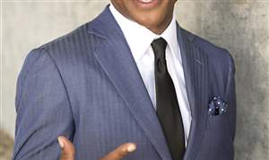 TommyDavidson-Suit-1-New-finger-pointing-jpg