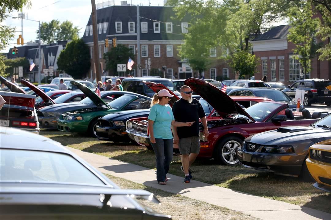 Bicentennial First Friday car cruise in Perrysburg - The Blade