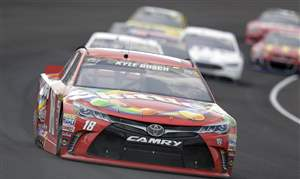 NASCAR-Brickyard-Auto-Racing-9