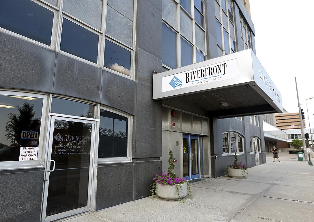 Riverfront Apartments Toledo Ohio
