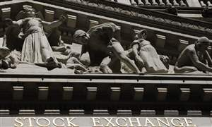 Financial-Markets-Wall-Street-920