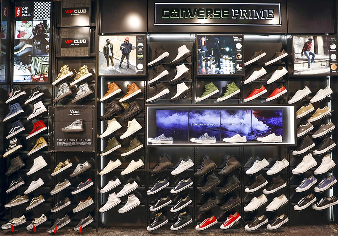 Foot Locker to play up store experience