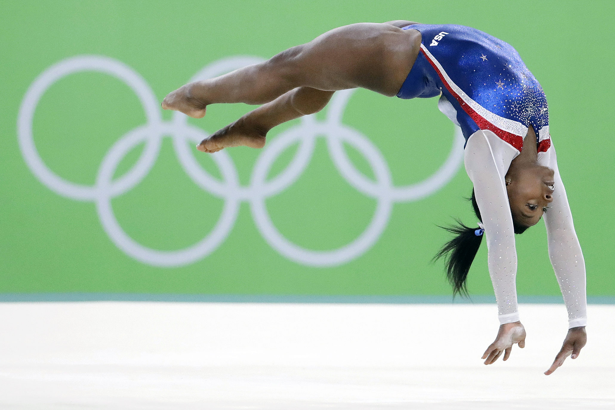 Former Gymnast Chronicles Sport Progression From Nadia Simone The Blade