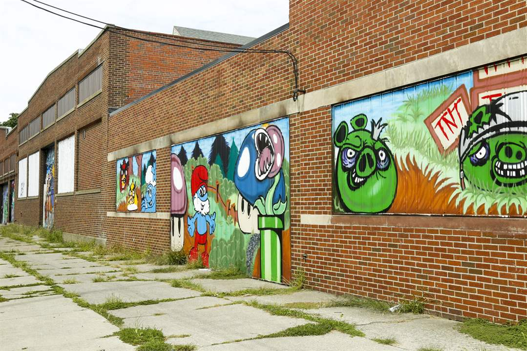 Mural On Segur Ave In Toledo