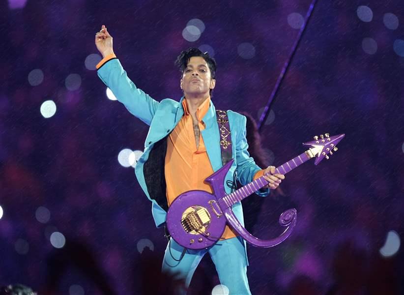 Stevie Wonder Highlights Prince Tribute Concert