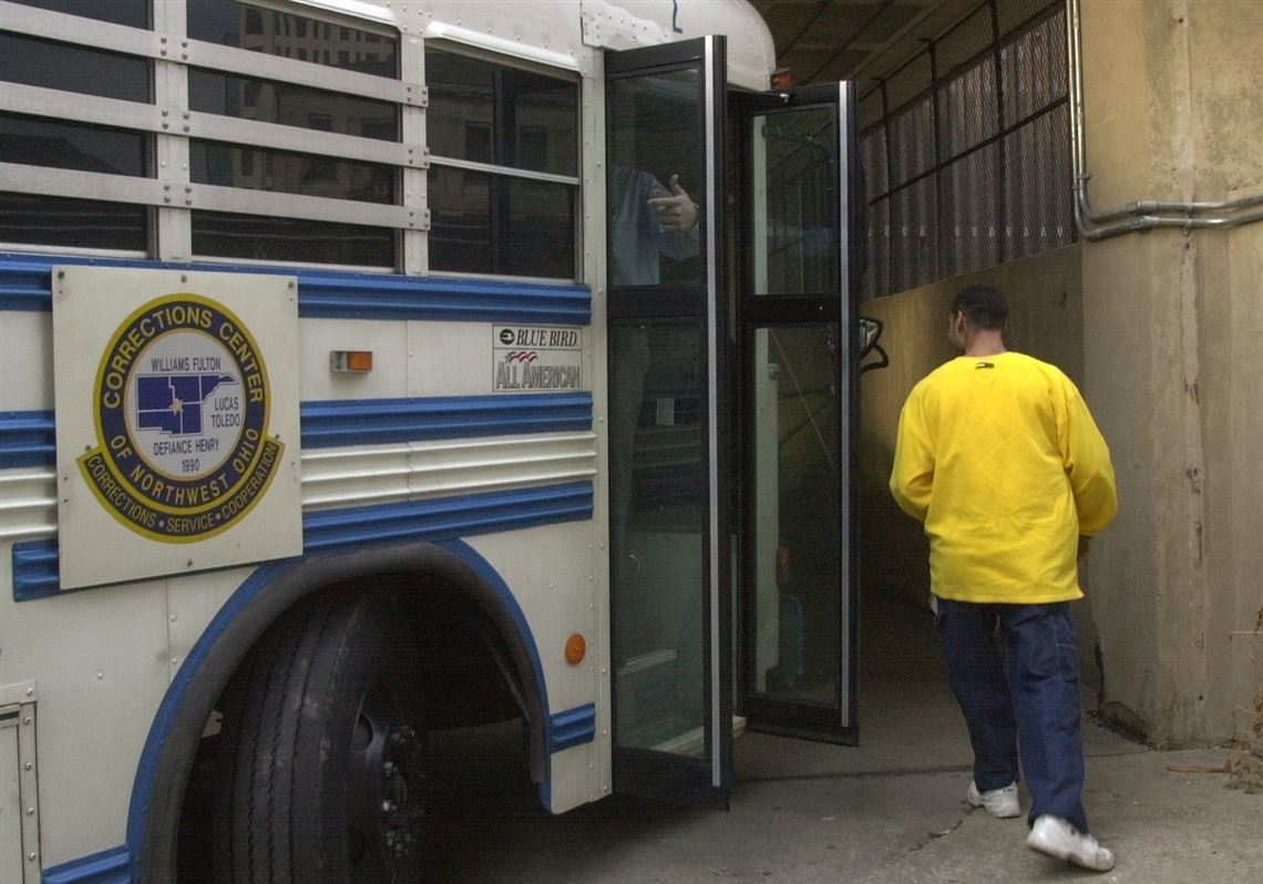 Toledo judges object to plan to cut jail space at CCNO