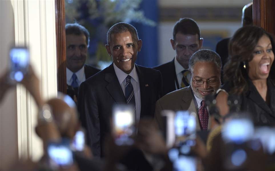 Obamas officially open black history museum