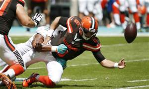 Browns-Dolphins-Football-9-25