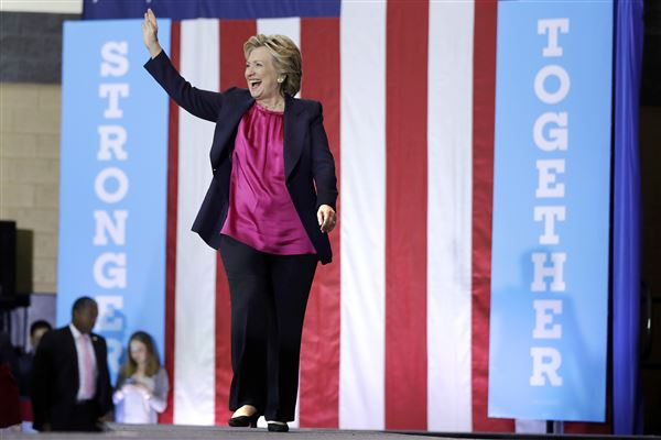 Clinton, Sanders to Talk Student Debt in New Hampshire