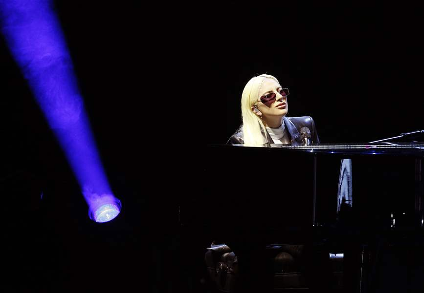 Lady Gaga picks dive bars over arenas to introduce album